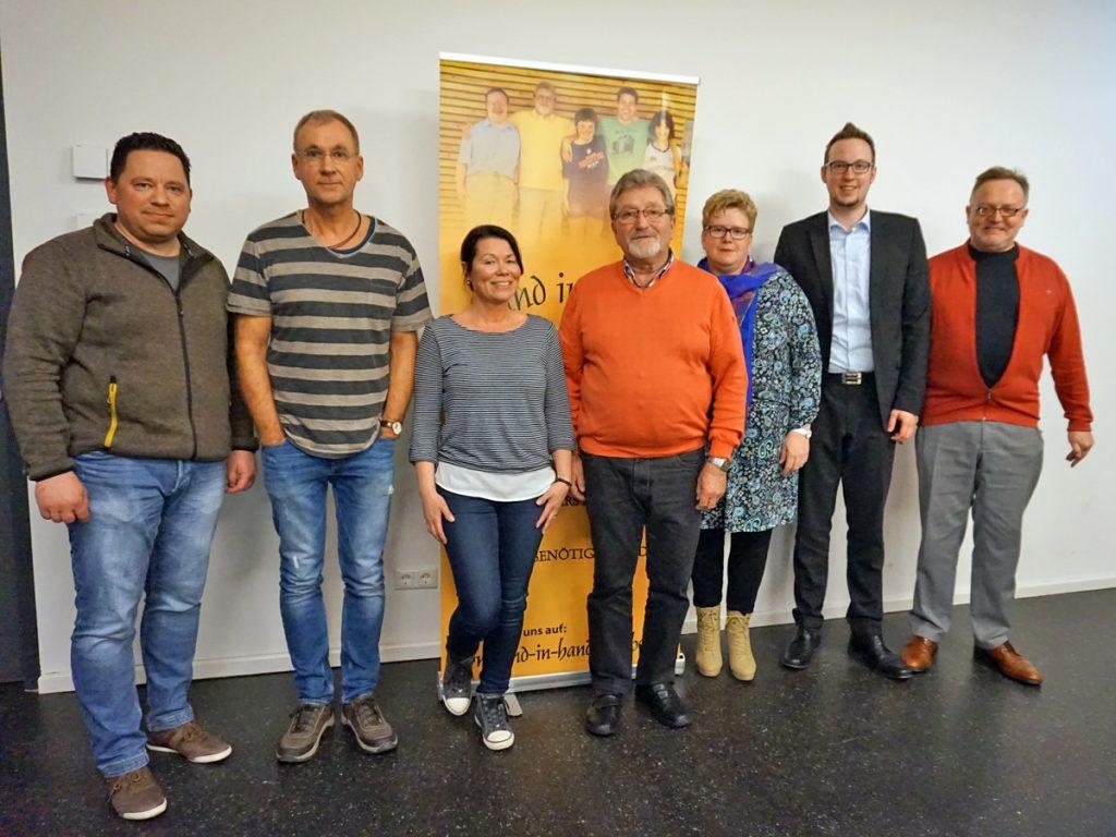 Die Vorstandschaft des Fördervereins v.l.n.r.: Nick Gallenz (stellvertretender Vorsitzender), Michael Bornschlegl (Beisitzer), Saskia Barsties (Beisitzerin), Günter Kolb (Vorsitzender), Monika Fries (Schriftführerin), Thomas Metzner (Kassier) und Dieter Sauer (Beisitzer).